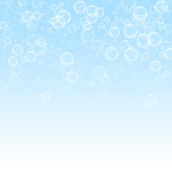 Willekeurige zeepbellen abstracte achtergrond. bellen blazen op de winter hemelachtergrond. vet zeepachtig schuim overlay sjabloon. verse vectorillustratie.
