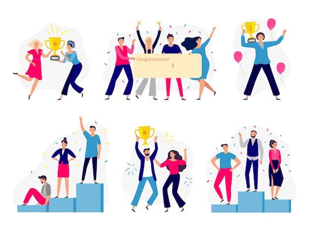 Winnaars mensen. gelukkig paar wint gouden beker, kantoorpersoneelsteam wint contant geld en succesvolle winnaar die op podium staat