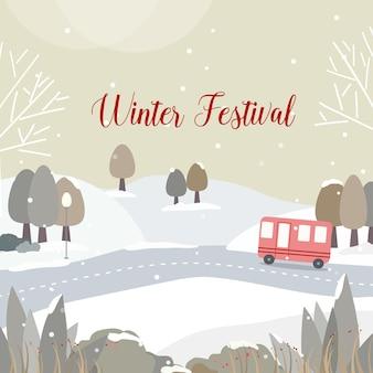 Winterfestival met wegen en besneeuwd bos