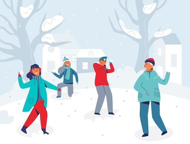 Winterpersonages die sneeuwballen spelen. vrolijke mensen die plezier hebben in de sneeuw. jongens en meisjes die sneeuwbal gooien.