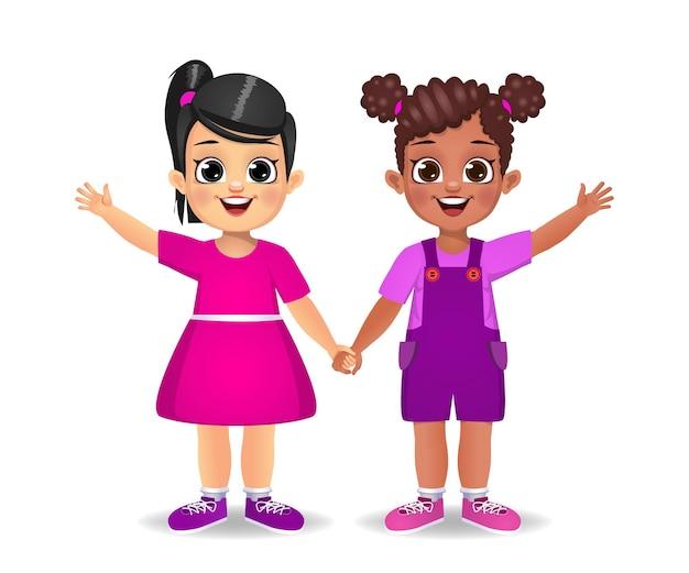 Wit meisje en donker meisje hand in hand samen