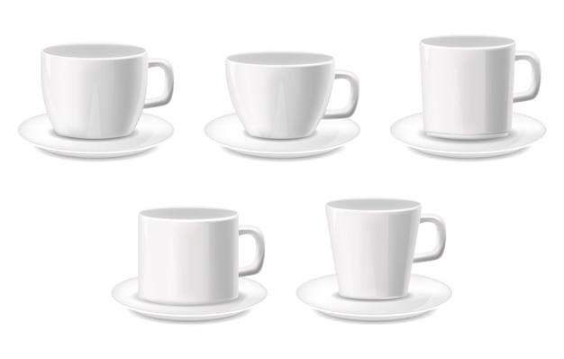 Witte kopjes geïsoleerde realistische set, pakket, koffiekopjes, witte achtergrond