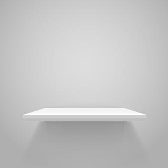 Witte lege plank op grijze muur. vector mockup