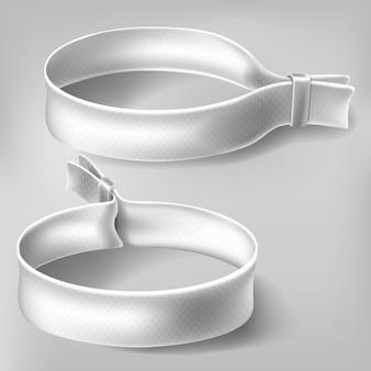 Witte polsbandjes voor festivalfeestjes