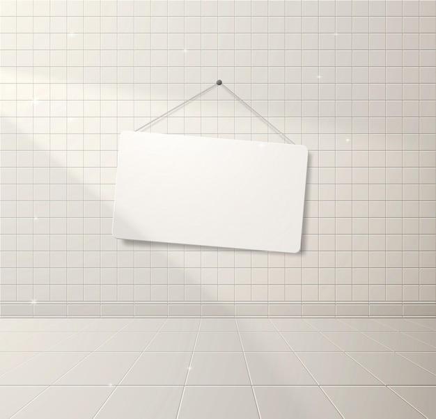 Witte schone betegelde muur met een lichtstraal