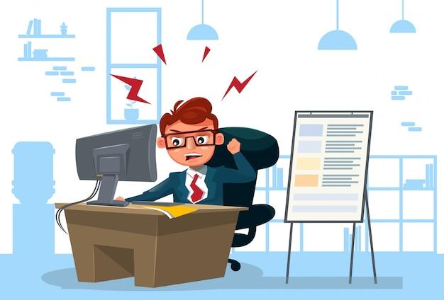 Woedende bedrijfsmens die aan computer werkt zit bij bureau over bureau
