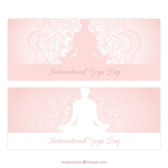 Yoga banners un zacht roze kleur