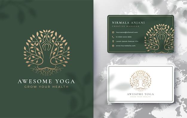 Yoga meditatie met abstract boomlogo en visitekaartjeontwerp