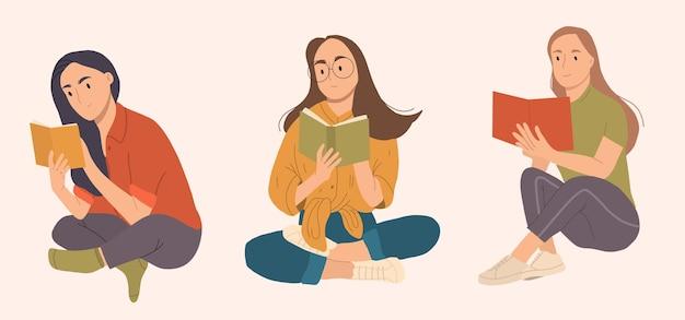 Yong gelukkige vrouw leesboek zitten.