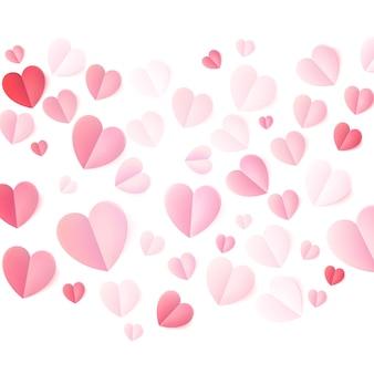 Zachte kleur gevouwen papieren harten op wit.