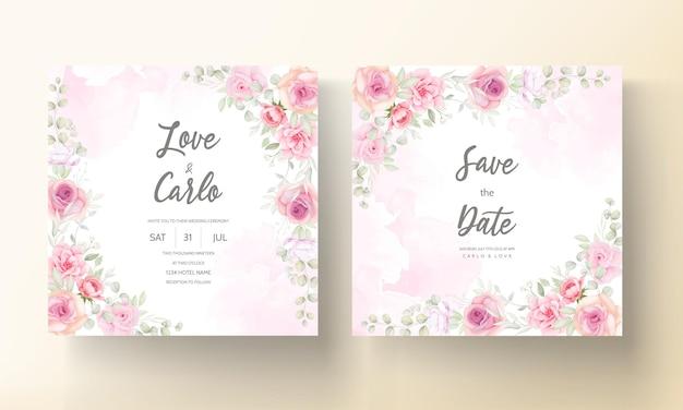 Zachte roze bloemen bruiloft uitnodigingskaart