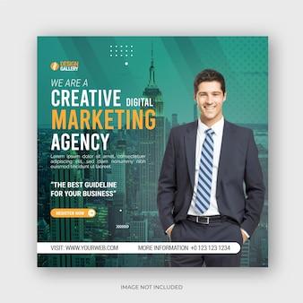 Zakelijk bureau en moderne creatieve sociale media plaatsen websjabloon voor zakelijke flyers