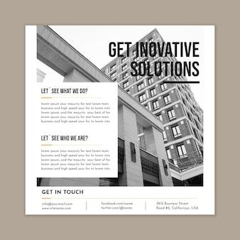 Zakelijke oplossingen kwadraat flyer-sjabloon