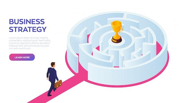 Zakenman die aan het succes door het labyrint loopt.