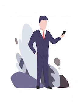 Zakenman die en zich op telefoon bevindt spreekt