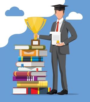 Zakenman en stapel boeken. zakenman met trofee en diploma. onderwijs en studie. zakelijk succes, triomf, doel of prestatie. wedstrijd winnen. vector illustratie vlakke stijl