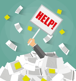 Zakenman in stapel van office-documenten