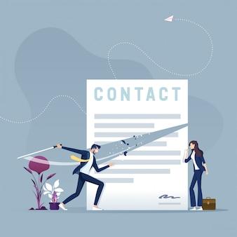 Zakenman met document van het zwaard het scherpe contract. contract beëindiging concept