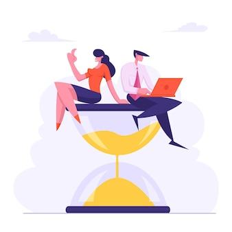Zakenman met laptop in handen en zakenvrouw zittend op zandloper vlakke afbeelding