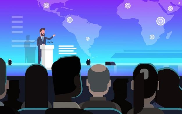 Zakenman toonaangevende zakelijke presentatie op wereldkaart voor ondernemers groepstraining mee