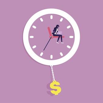 Zakenvrouw die met laptop op kloktijd werkt, is geldinkomsten verhogen budgetbeheer