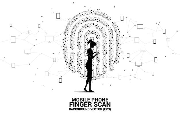 Zakenvrouw met mobiele telefoon en vingerafdrukpictogram van punt verbindt lijnveelhoek. achtergrondconcept voor vingerafdrukvergrendelingstechnologie en privacytoegang.