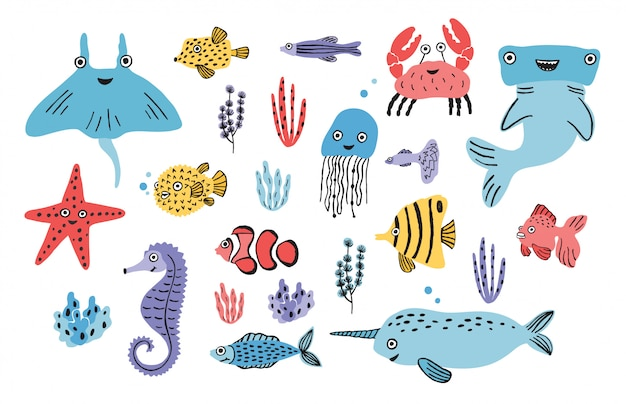 Zeeleven set. handgetekende algen, kogelvis, kwal, krab, hamerhaai, walvis, zeester, haai, zeepaard, mantarog, narwal. kleurrijke illustratie collectie.