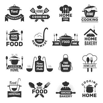 Zelfgemaakte voedsel logo's. symbolen voor koken in de keuken