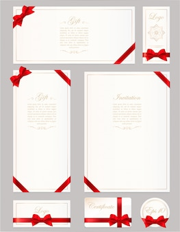 Zet cadeaubon, certificaat en tegoedbon op grijs. brede geschenkboog met rood lint en ruimtekader voor tekst. sjabloon voor tegoedbon, uitnodiging, geschenk, banner, certificaat of poster