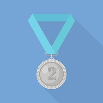 Zilveren medaille met blauw lint voor tweede plaats. trofee, winnaarstoekenning die op achtergrond wordt geïsoleerd.
