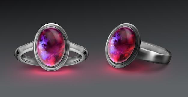 Zilveren ring met helder vuuropaal
