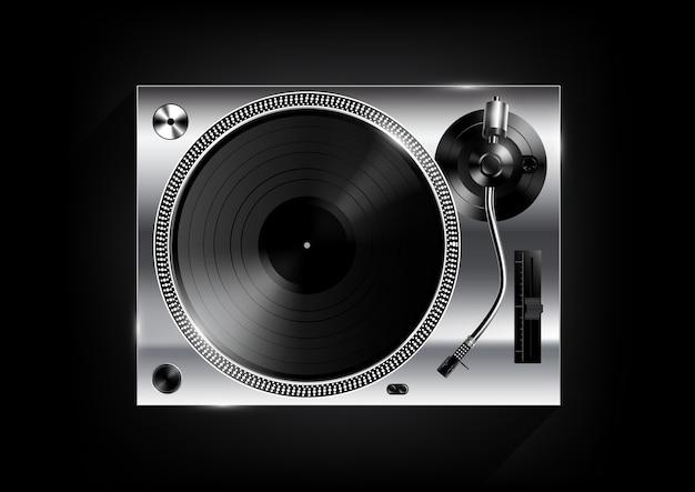 Zilveren vinyl platenspeler op zwarte achtergrond