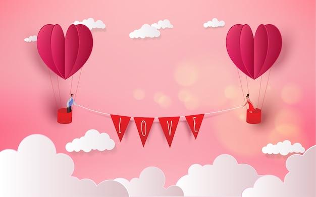 Zoet paar in hete luchtballon op wittebroodsweken