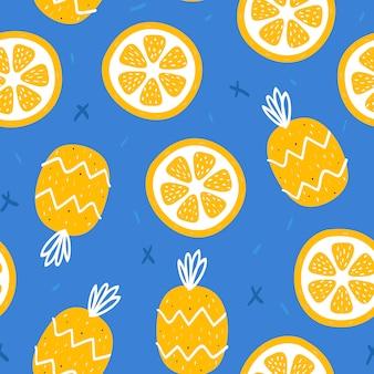 Zomer achtergrond met sinaasappelen en ananas
