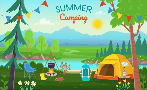 Zomer kamperen. boslandschap met bomen, struiken, bloemen, weg, een meer, tenten, een vreugdevuur, een rugzak. concept kamperen en reizen in de zomer.