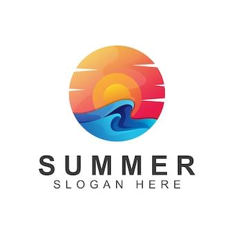 Zomer met zonsopgang verloop logo vector sjabloon
