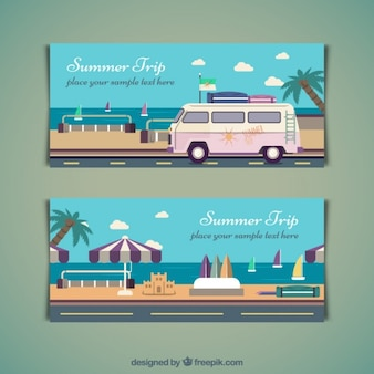 Zomer reis banners in plat design