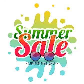Zomer splash verkoop achtergrond met zonnebril