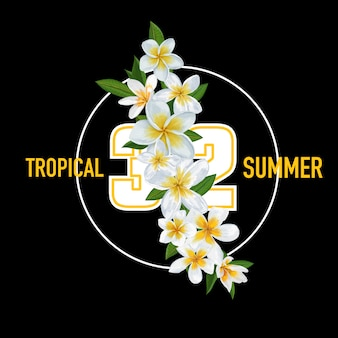 Zomer tropisch met bloemen en palmbladeren