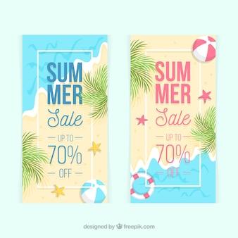 Zomer verkoop banners met uitzicht op het strand