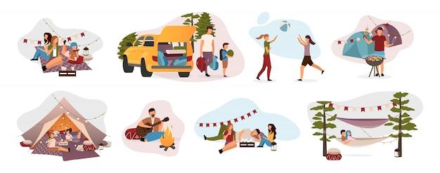 Zomerkamp bezoekers platte illustraties instellen. vakantiegangers geïsoleerde stripfiguren. reizigers, wandelaars die in tent rusten, hangmat met kampvuur. zomer ontspannen, recreatie, plattelandstrip