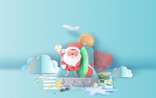 Zomerse kerstseizoen met koffer