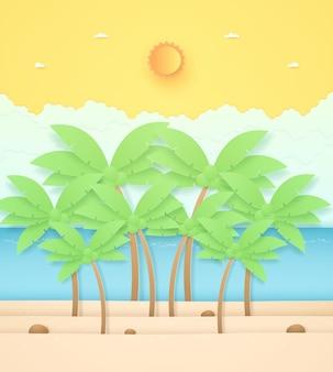Zomertijd zeegezicht landschap kokospalmen en steen op het strand met seasun en oranje zonnige hemel
