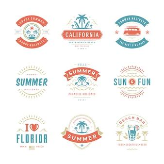 Zomervakantie etiketten en badges retro typografie ontwerpset.