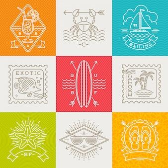 Zomervakantie, vakantie en reizen emblemen, borden en labels - lijntekening illustratie