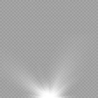 Zonlicht met helder explosieflare-effect met lichtstralen en magische sprankeling witte zonnestralen