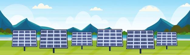 Zonnepanelen veld schone alternatieve energiebron hernieuwbare station fotovoltaïsche wijk concept natuurlijk landschap rivier bergen achtergrond horizontale banner