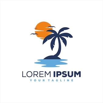 Zonsondergang boom oceaan logo ontwerp