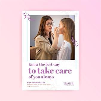 Zorg voor je huid cosmetische flyer-sjabloon