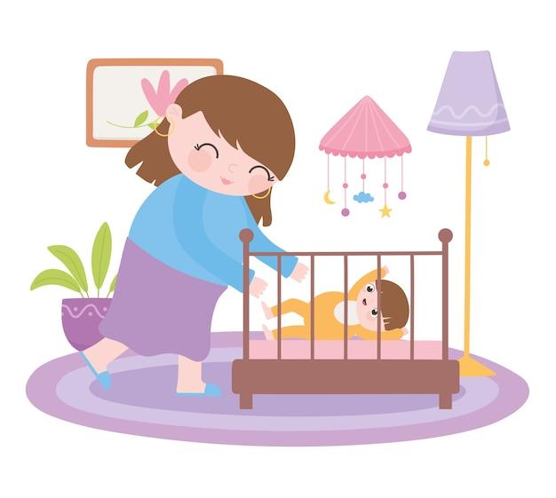 Zwangerschap en moederschap, lachende moeder met baby in wieg
